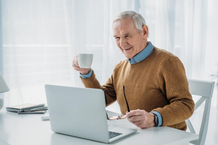 Что поможет людям старшего возраста в России?