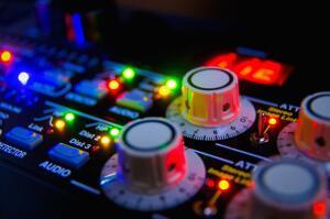Какую музыку нужно слушать, чтобы стать работоспособнее?
