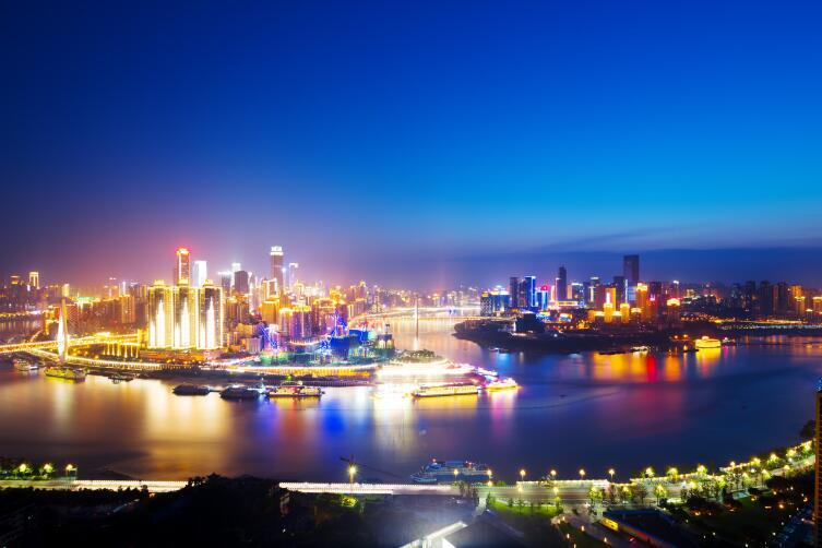 Город Чунцин вечером