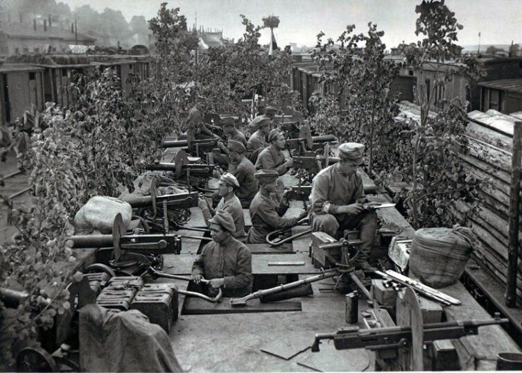 Бронепоезд «Орлик». Пензенская группировка чехословаков. Уфа, июль 1918 г.