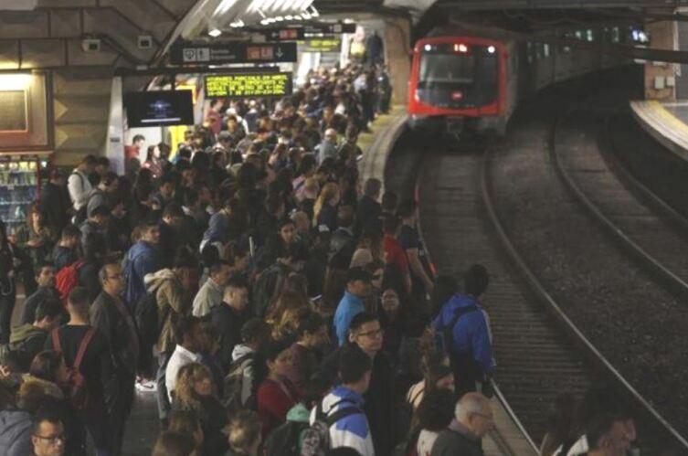 На станции метро Барселоны