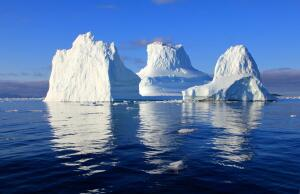 Опасны ли гигантские айсберги?