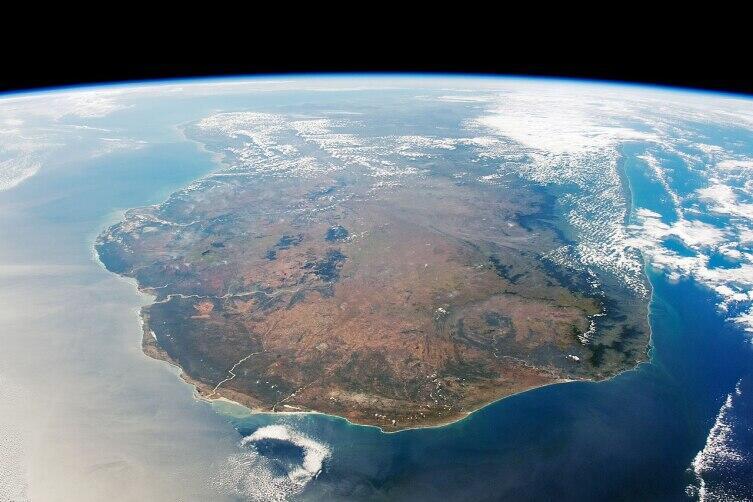 Вид на Мадагаскар с юга, фото с МКС на высоте 360 км, 2019 г.