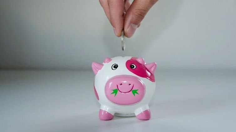 Про Мишу, который с похмелья не стал брать деньги из копилки, или Есть ли в жизни счастье?