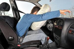 Что стоит знать о подушках безопасности?