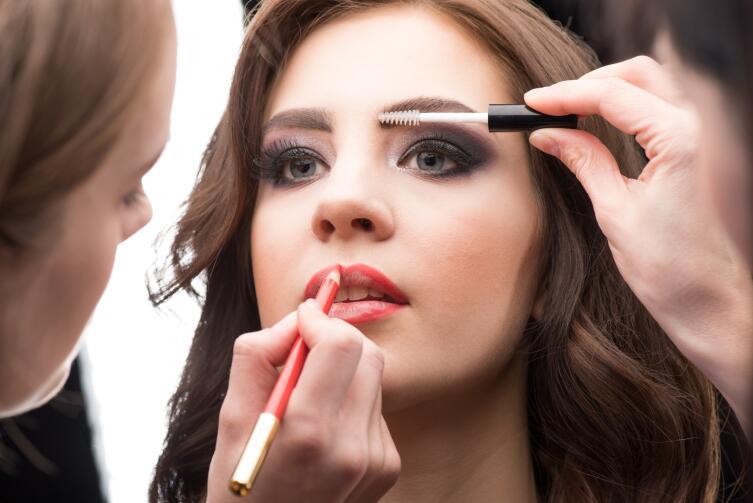 Как сделать идеальный макияж на выпускной?