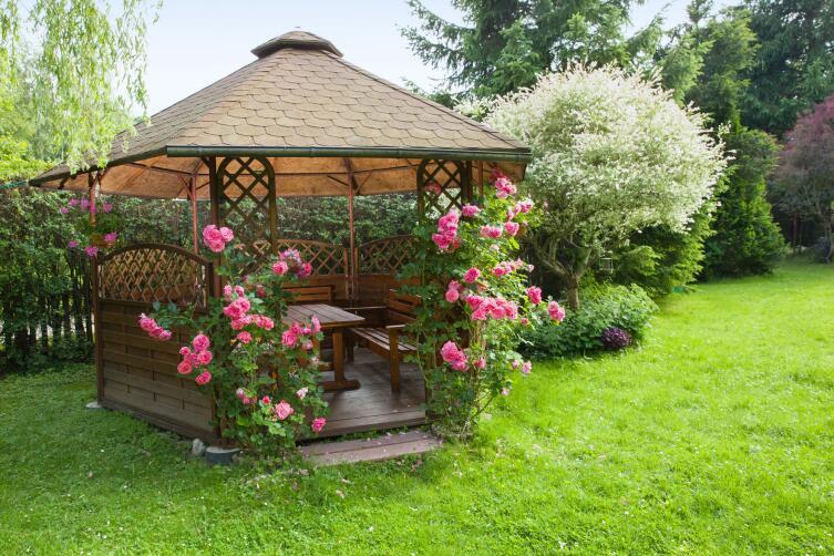Какой должна быть садовая беседка?