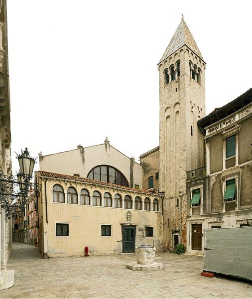 Церковь Сан-Самуэле в Венеции-фасад и колокольня