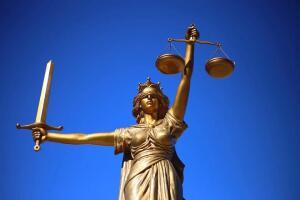 Такое ли это счастье — судиться с работодателем? Мнение практикующего юриста