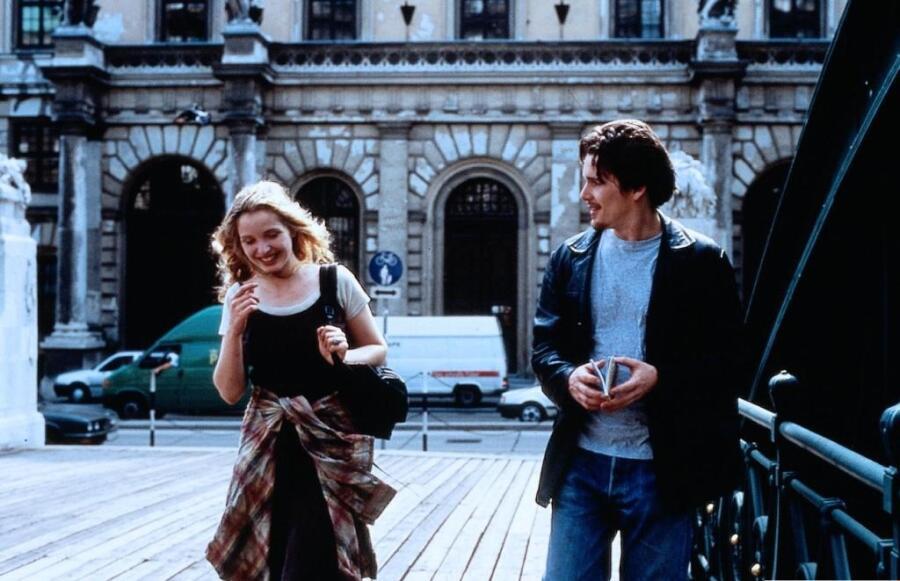 Кадр из к/ф «Перед рассветом», 1995 г.