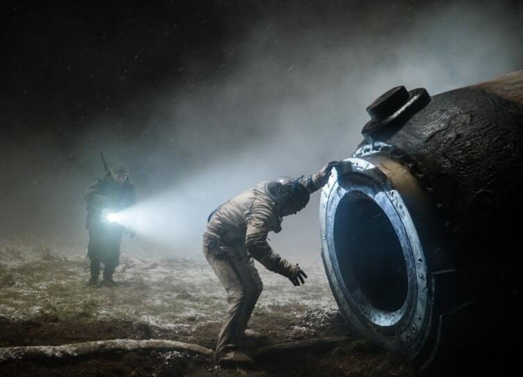 Кадр из к/ф «Спутник», 2020 г.
