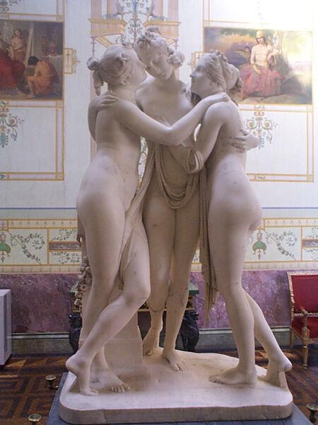 Хариты (три богини веселья и радости жизни, соответствуют римским грациям). Скульптор Антонио Канова. Эрмитаж, Санкт-Петербург