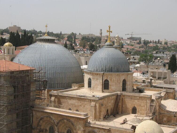 Вид на Храм Гроба Господня. Иерусалим