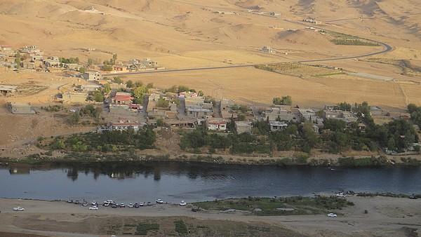 Река Дияла у города Дарбандихана