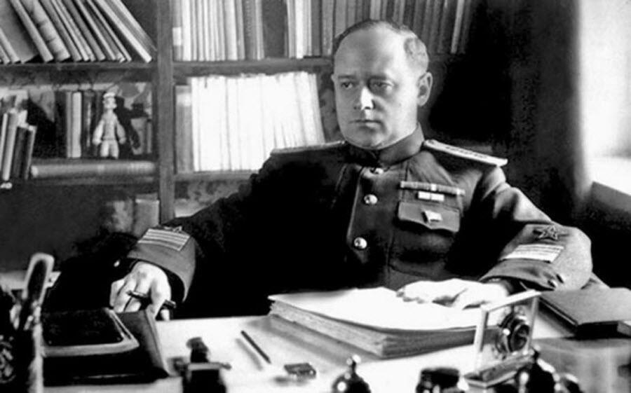 Иван Степанович Исаков