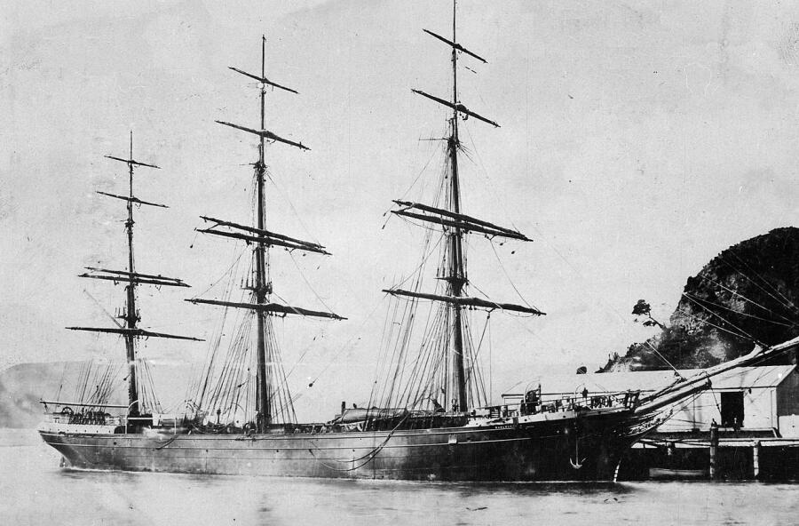 Парусник «Мальборо» в новозеландском порту, 1876 г.