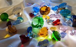 Как делают драгоценные камни?