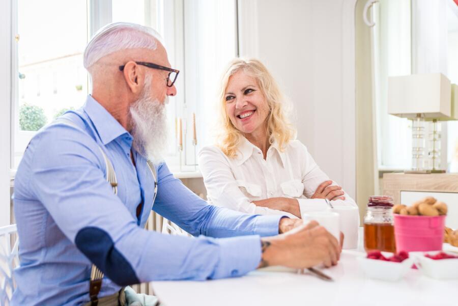 Как сгладить большую разницу в возрасте между супругами?