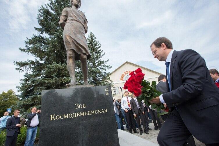 Председатель РВИО Владимир Мединский на церемонии открытии памятника