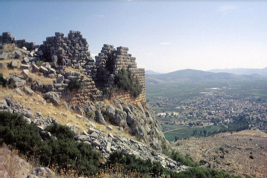 Вид на город Орхоменос, Беотия, Греция