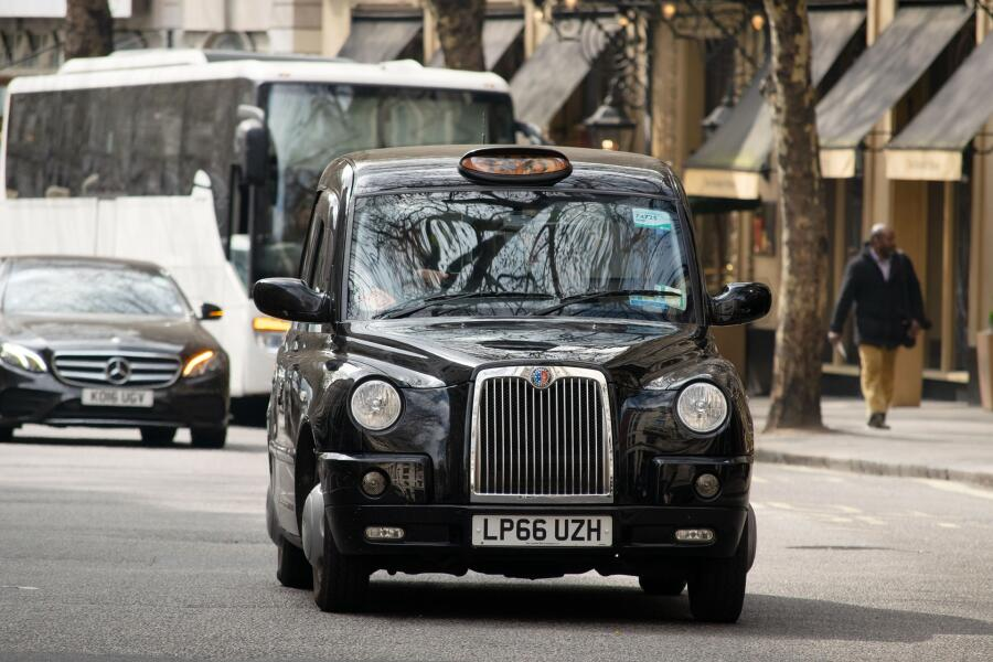 На 10 месте водители такси