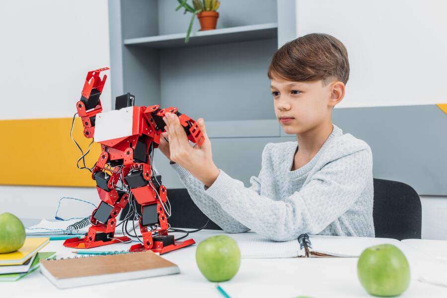 С чего начинаются роботы?