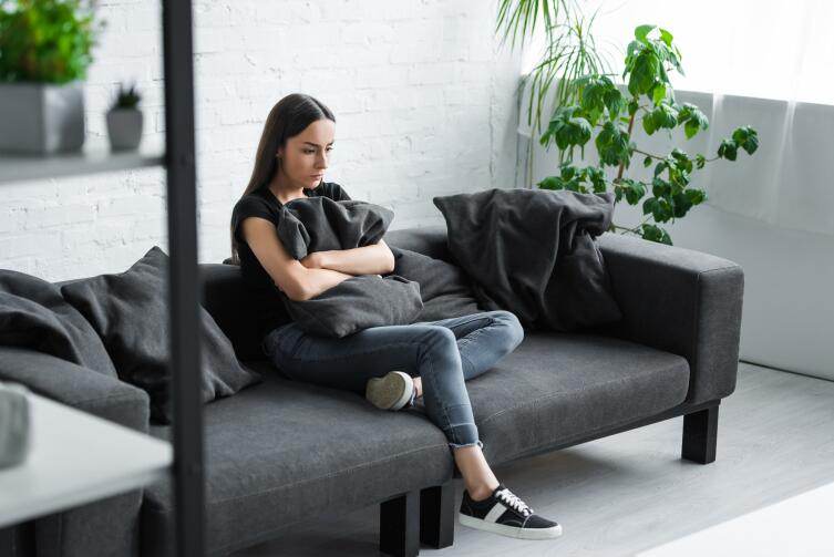 Работающая женщина дольше унылой домохозяйки сохраняет активность