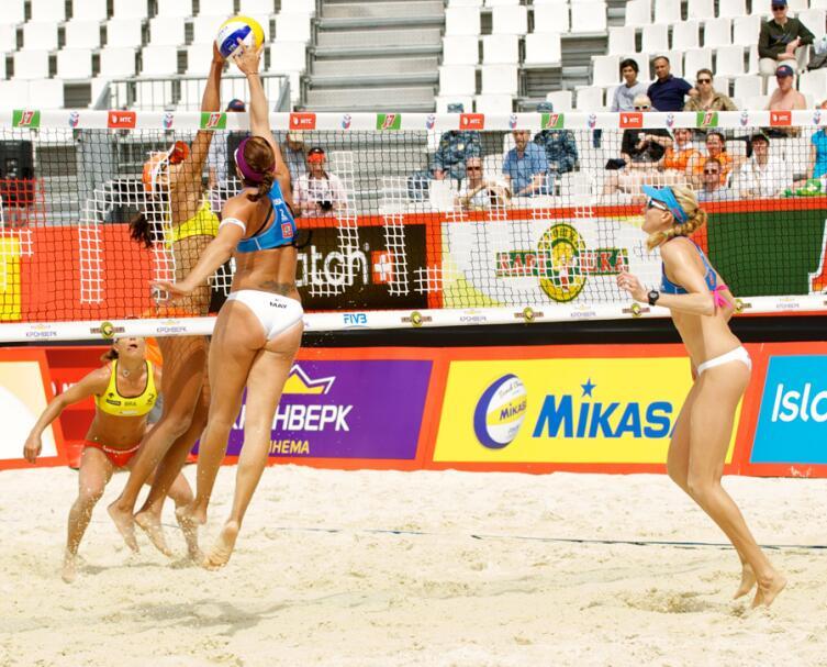 Спортивные бикини для пляжного волейбола