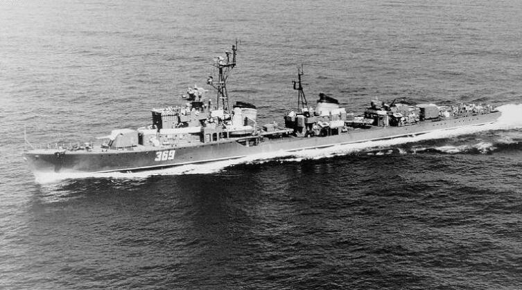 Эскадренный миноносец проекта 30-бис. К этому проекту относился и эсминец «Острый», на котором проходил службу матрос Рубцов
