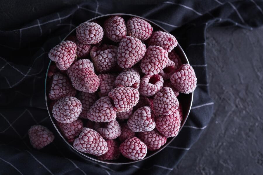 Как сохранить частичку лета в холодильнике? Морозим фрукты и овощи