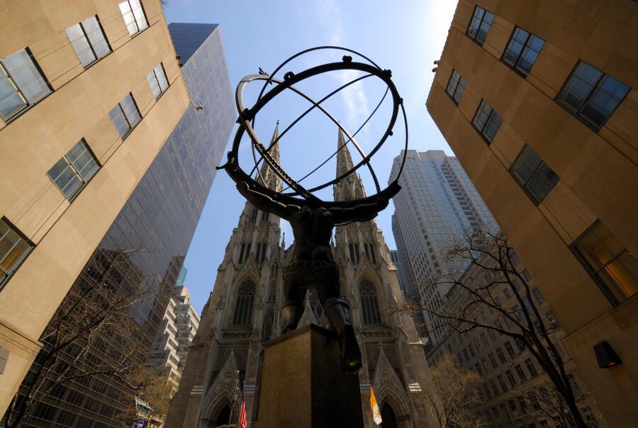 Статуя Атланта в Нью-Йорке