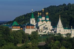 Святитель-труженик. Кто основал Печёрский монастырь в Нижнем Новгороде?