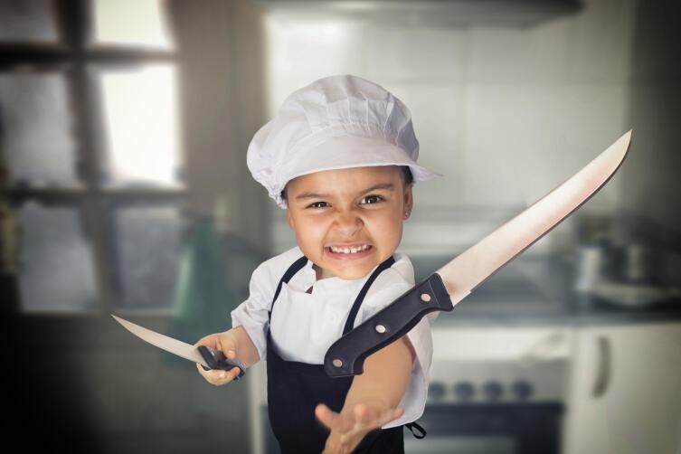 Как метать ножи?
