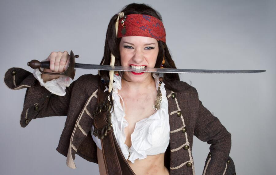 Какими были женщины-пираты? Интересные факты из истории морского разбоя