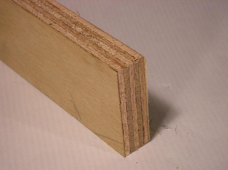 Обычная клеёная фанера является широко распространённым композитным материалом