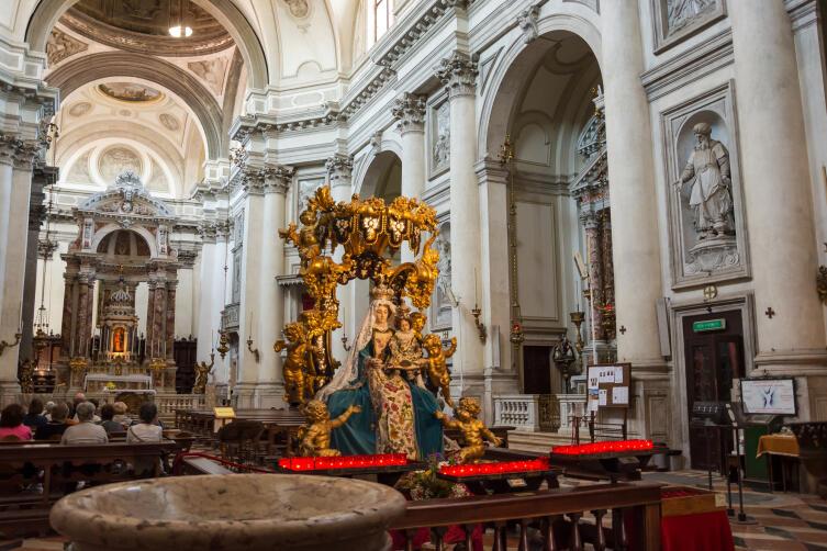 Церковь Джезуати
