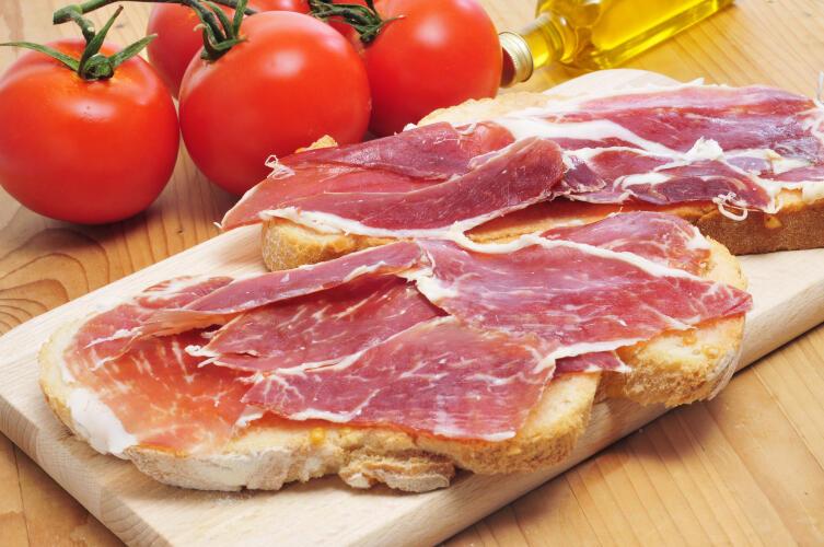 Чем любят поужинать в Испании?