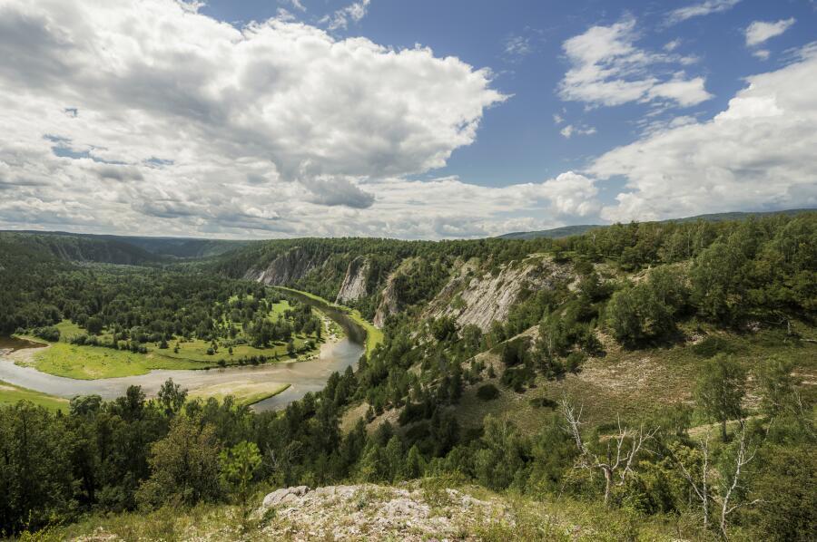 Река Белая в горах южного Урала