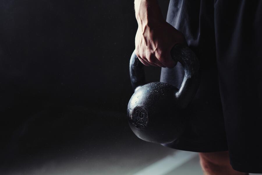 Как стать сильнее? Упражнения с гирями