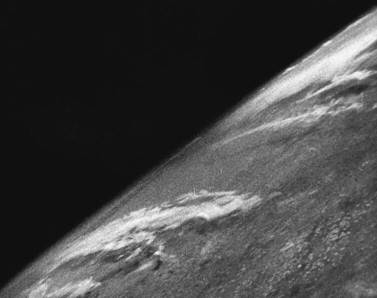Фотографии планеты Земля, сделанные 24 октября 1946 года на суборбитальной ракете V-2