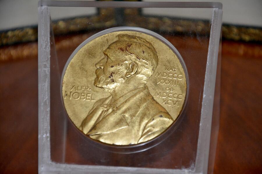 Кто был первым лауреатом Нобелевской премии мира?
