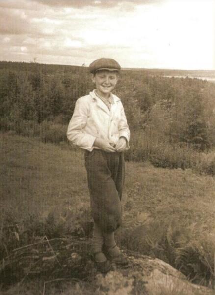Иосиф Бродский в пинерском лагере. Ленинградская область. Посёлок Поляны. 1948 г.