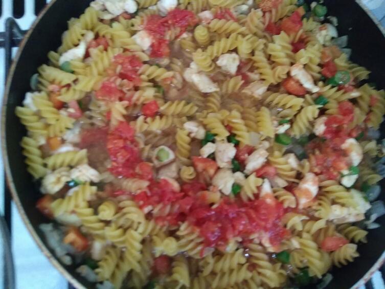 Как из обычных продуктов приготовить вкусный и быстрый ужин? Макароны «Голодный муж»