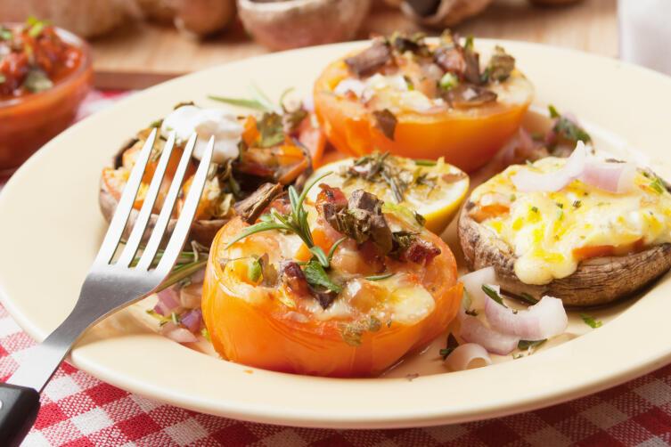 Как приготовить запеченные помидоры? Простые и полезные блюда