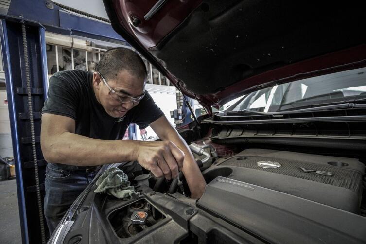 Как купить автомобиль с рук и не проколоться? Выпуск 2: наружный осмотр