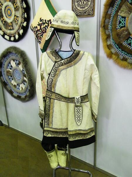Нанайский костюм из рыбьей кожи. Летняя одежда