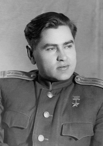 Герой Советского Союза Алексей Петрович Маресьев