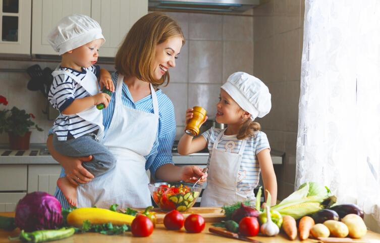 Как разработать недельное меню на семью быстро и бюджетно? Хозяйкины секреты