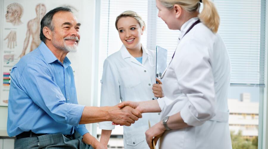 Как убедить близкого человека посетить врача?