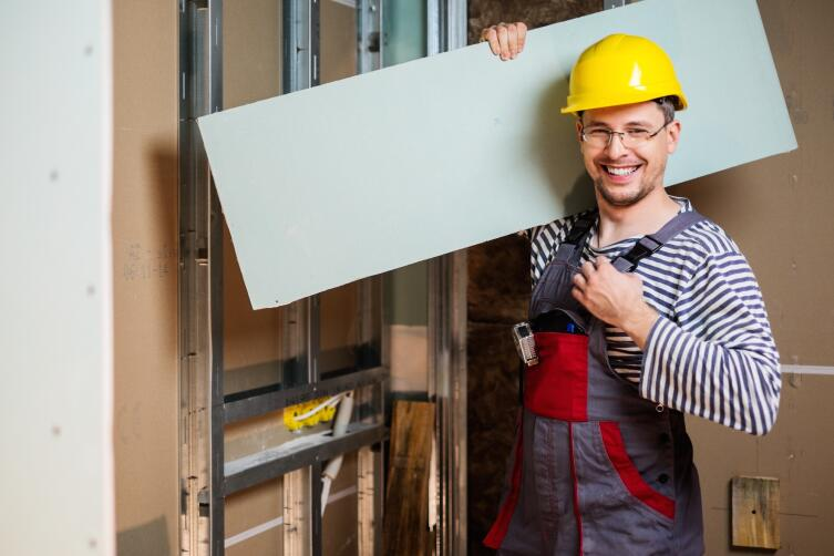 Как из гипсокартона сделать ровный потолок ?